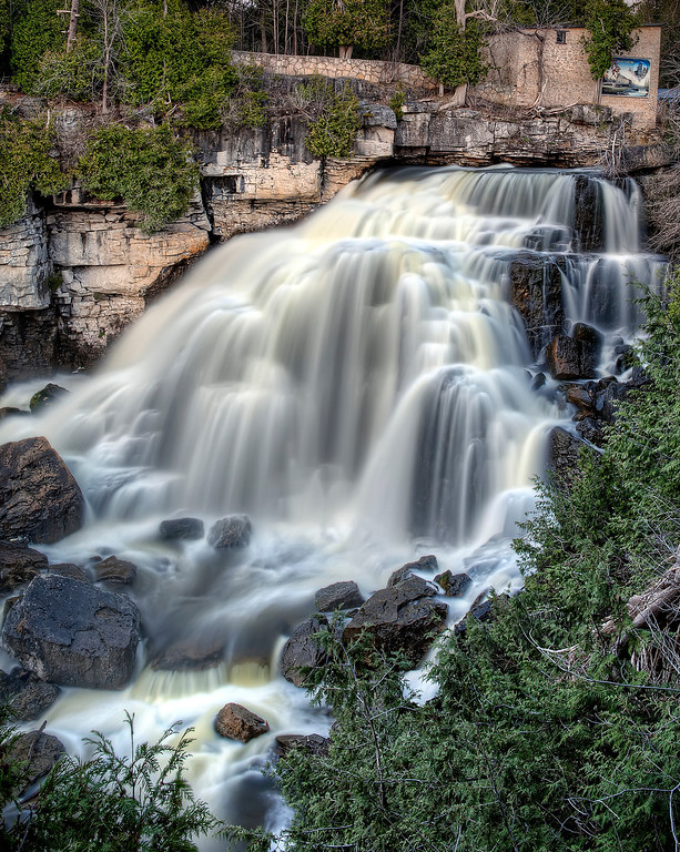 Inglis Falls waterfall cascading over rocks in Bruce Falls, Ontario