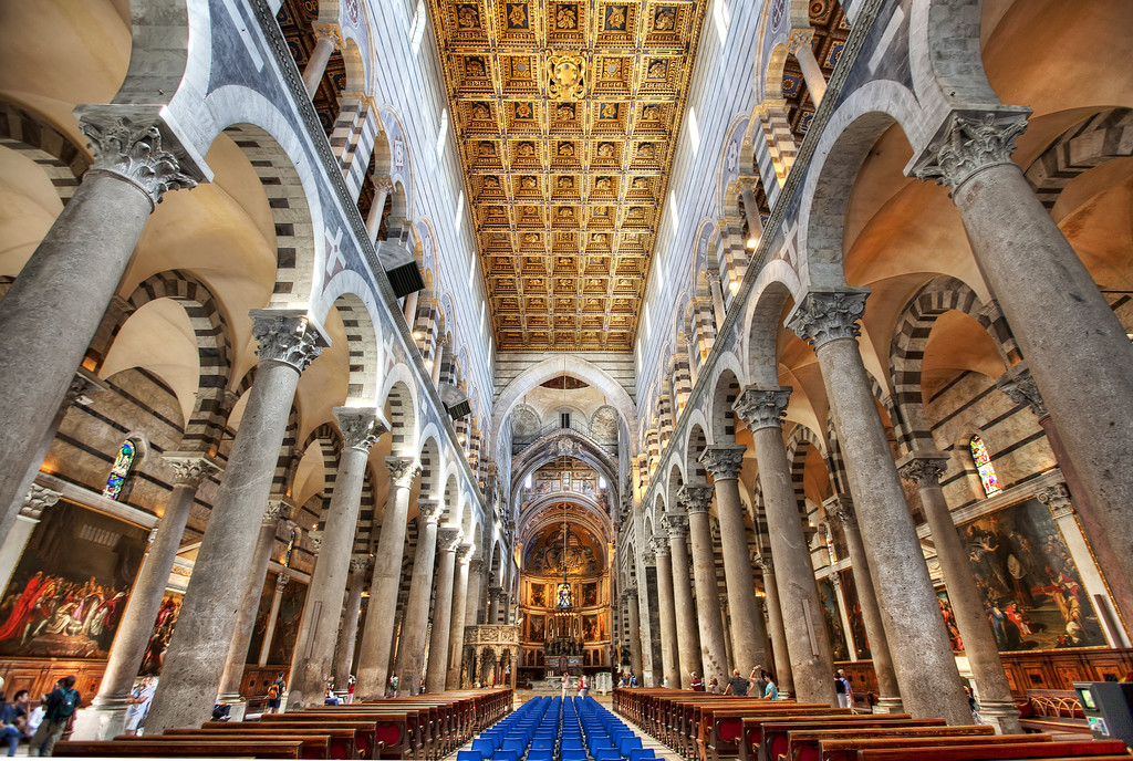 pisa-cathedral-interior